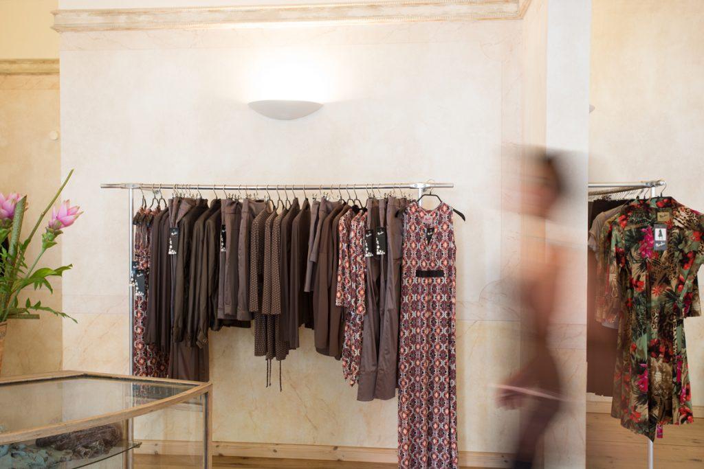 Nardini Showroom Kleiderauswahl